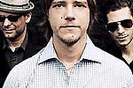 Гитарист Interpol основал электронный проект - Следом за вокалистом Interpol Полом Бэнксом и ударником Сэмом Фогарино на сольные подвиги потянуло …