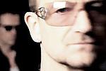Альбом U2 назван лучшим диском года - Одно из авторитетнейших музыкальных изданий, журнал «Rolling Stone» обнародовал свою …