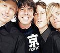 Foo Fighters выступили с оркестром - Рокеры Foo Fighters пережили еще один уникальный концертный опыт: музыканты выступили вместе со …