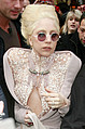 """Леди Гага опять первая - Для Леди Гаги не впервой ставить всякие рекорды. На этот раз ее новый хит """"Born This Way"""" поставила …"""